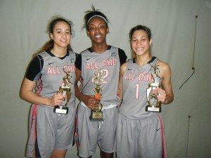 Maliya Perry, Jordan Horston (MVP) and Adrian Crockwell of All Ohio 10th Grade